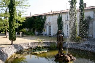 S jour au ch teau a saint jean d 39 ang ly coffret cadeau invitation a l - Domaine de rennebourg ...